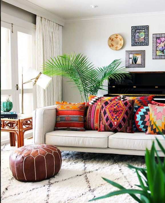 This bohemian living room in New Orleans belongs to a textile designer