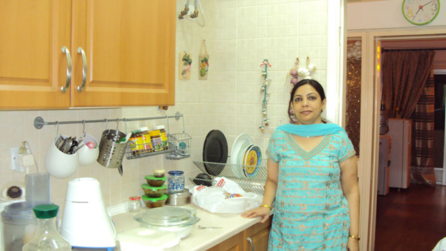 A rental home in Bahrain that is tastefully decorated