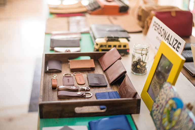 Personalized wallets by Zwende