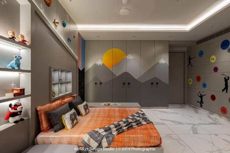 Playful wall murals in the kids bedroom